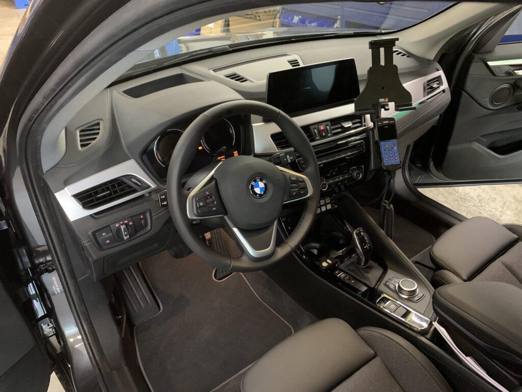 Innenansicht Verdeckter Kommandowagen BMW X3